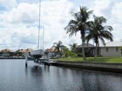 Keeping your boat on a lift in your backyard makes sailing so much more convenient, you'll be sailing year-round.